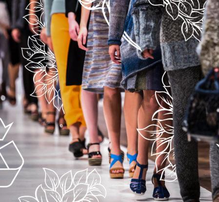 desfile de passarela com roupas sustentáveis