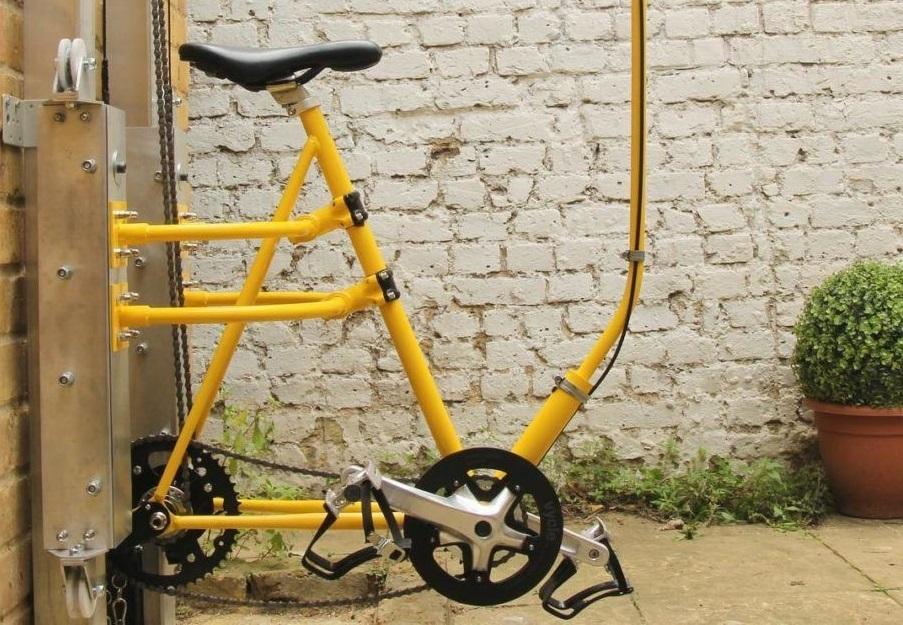 Elevador movido a pedaladas breca sedentarismo e poupa ambiente